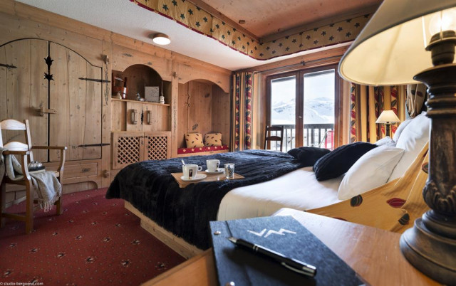 suites-montana-2015-chbre61-172p-30094