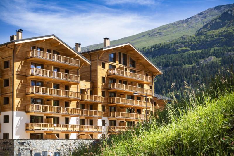 residence-club-tignes-altaviva-02-exterieur-thumb-1350x900-30078