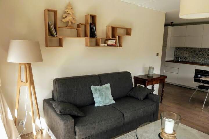 1-gc18-salon-sofa-140-1018533