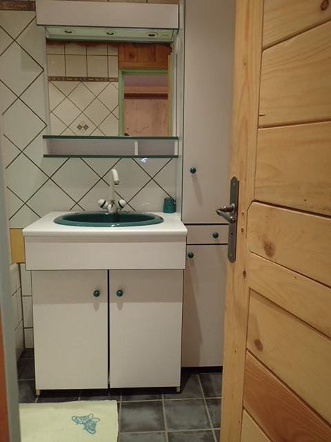 a015-salle-de-bain-1259151